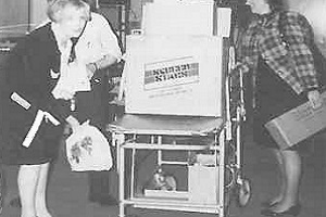 1993 AGM Packing Up.jpg